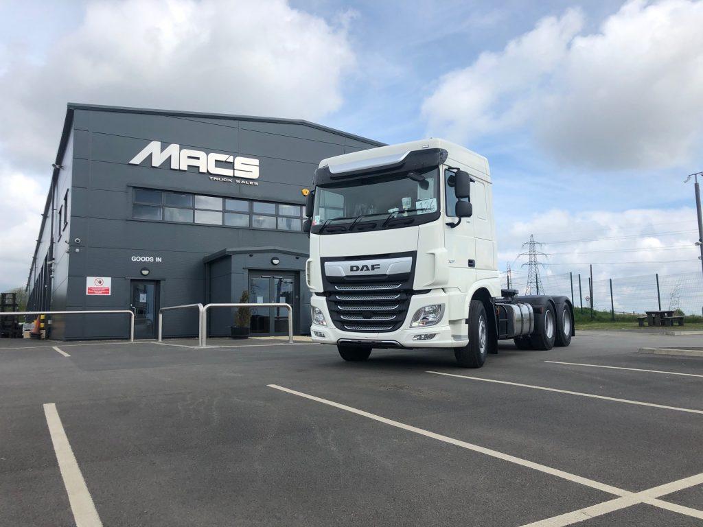 150 tonne tractor unit
